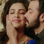 Shakib Khan did a Romantic Number with Subhashree for the Film Nabab and we can't stop Fangirling about it